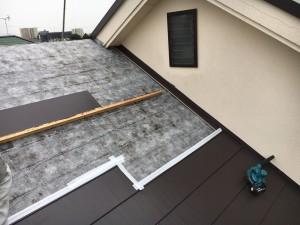 入間市 屋根葺き替え カバー工法